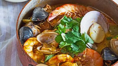 Fragrant seafood stew