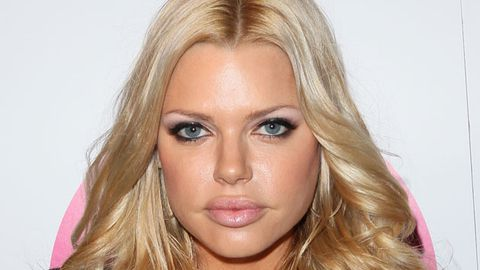 Sophie Monk to be dating sexy singles
