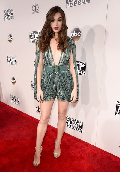 <p>Failed to chart</p> <p>Hailee Steinfeld</p> <p>The Pitch Perfect 2 star can normally do no wrong... until now. This Elia Saab jumpsuit is an unfortunate cross between a romper and a full diaper.</p>