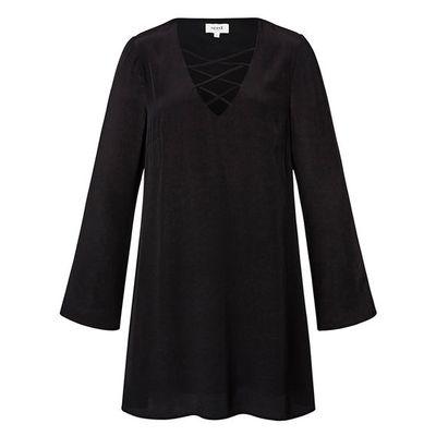 "<a href=""http://www.seedheritage.com/p/tie-up-dress/2804003-59-14-se.html#sz=77&amp;start=1"" target=""_blank"">Dress, $99.95, Seed</a>"