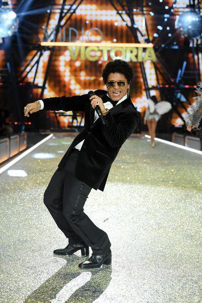 Bruno Mars performing at the Victoria's Secret 2016 show in Paris