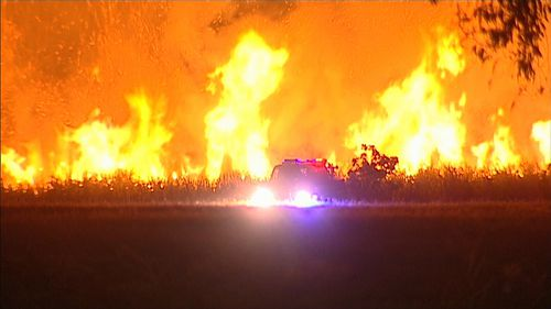 The fire began in a park in north Perth. (9NEWS)