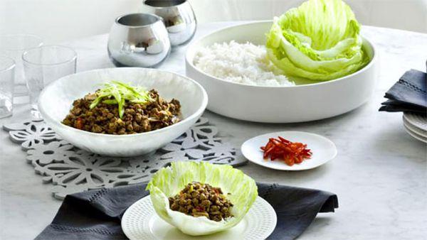 Beef san choy bau