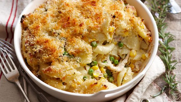Chicken and corn pasta bake