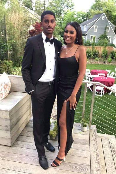 Sasha Obama sends the internet wild with prom photos