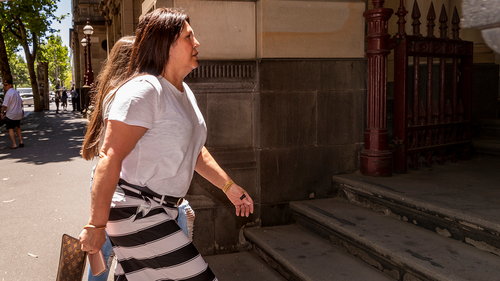 Sister of underworld widow Roberta Williams faces court over airport baggage theft charges