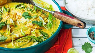 "<a href=""http://kitchen.nine.com.au/2016/05/13/12/56/turmeric-and-coconut-poached-barramundi"" target=""_top"">Turmeric and coconut poached barramundi<br /> </a>"