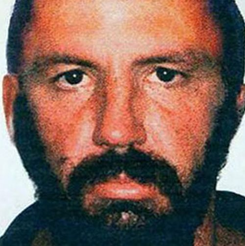 The man thought to be responsible for the Childers Palace Backpackers Hostel fire that killed 15 tourists in Queensland in 2000 and Robert Long who was later found guilty of the crime.