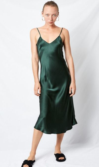 "<a href=""https://silklaundry.com.au/products/90s-silk-slip-dress-emerald?utm_medium=cpc&utm_source=googlepla&variant=16675156099&gclid=EAIaIQobChMI0f-Bpufq2AIVjo2PCh3ksgWYEAQYAiABEgIxIfD_BwE"" target=""_blank"">Silk Laundry's 90's silk slip dress,</a> $220"