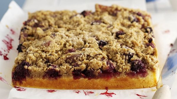 Quince and Blackberry Crumble Cake
