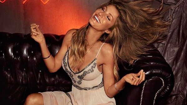 Yes you can get the Gisele glow. Image: Instagram/@gisele