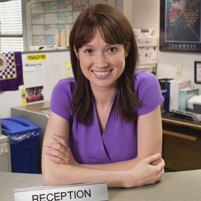 Ellie Kemper as Erin Hannan - Then