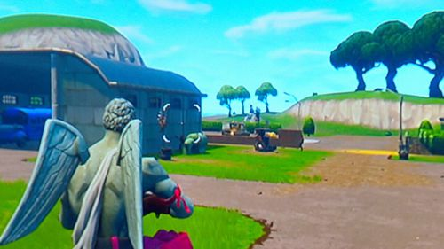 Experts have warned of the negative effects games like Fortnite can have on young players.