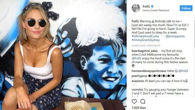 "Sam Frost <a href=""http://www.instagram.com/p/Bc6xhDMHKO1/?taken-by=fro01"" target=""_parent"" draggable=""false"">gorges on Greek</a>"