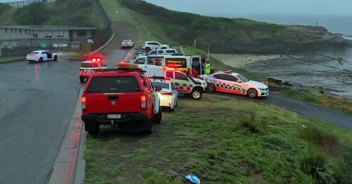 Second person dies after three men swept into ocean at popular NSW fishing spot – 9News