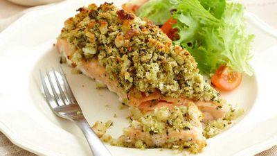 "<a href=""http://kitchen.nine.com.au/2016/05/16/17/56/pesto-and-macadamia-crusted-salmon"" target=""_top"">Pesto and macadamia crusted salmon</a>"
