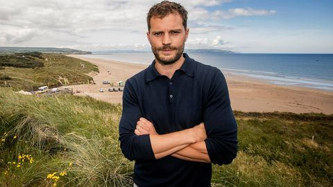 Jamie Dornan bulge golf course