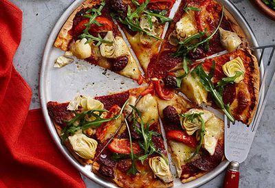 Artichoke and salami pizza