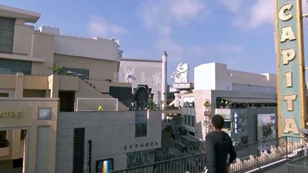 Neymar attempts terrifying shot at goal on Los Angeles rooftops