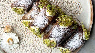 "Click through for&nbsp;<a href=""http://kitchen.nine.com.au/2016/11/08/14/44/cocoa-cannoli-with-ricotta-cannoli-al-cacao-ricotta"" target=""_top"">Paola Bacchia's cocoa cannoli with ricotta (cannoli al cacao ricotta)</a>"