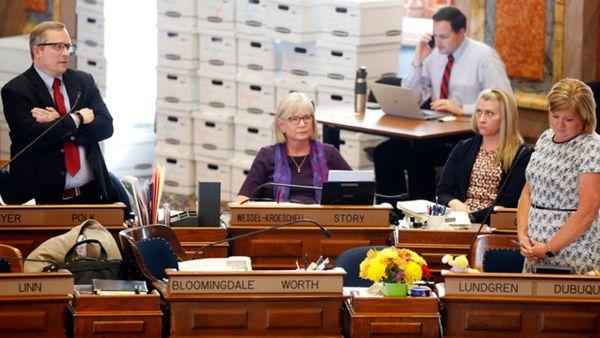 Iowa legislators debate the 'heartbeat' abortion bill. (AP).