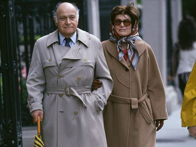 Jackie Kennedy Onassis walking with Maurice Tempelsman.  (Photo by Rick Maiman/Sygma via Getty Images)