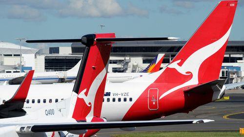 Qantas - business as usual at Manila