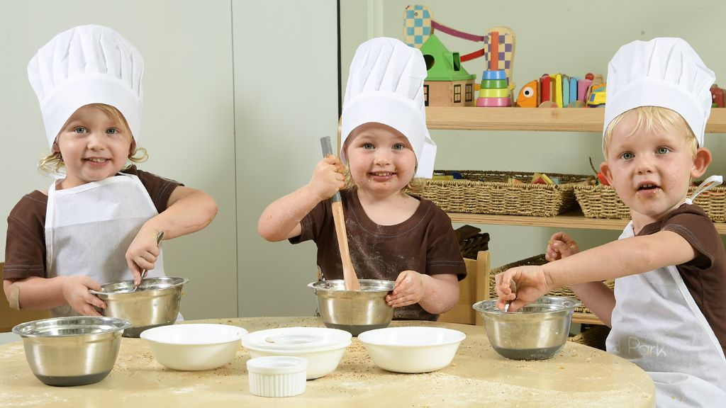 Kids in the kitchen  makes for healthy eating.