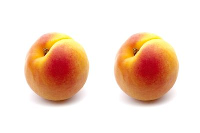 Two medium peaches are 100 calories