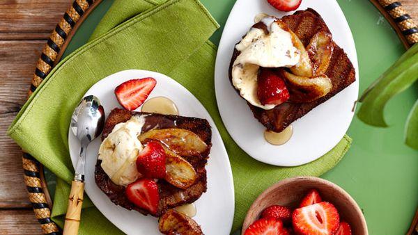 Honey banana bread with ice-cream