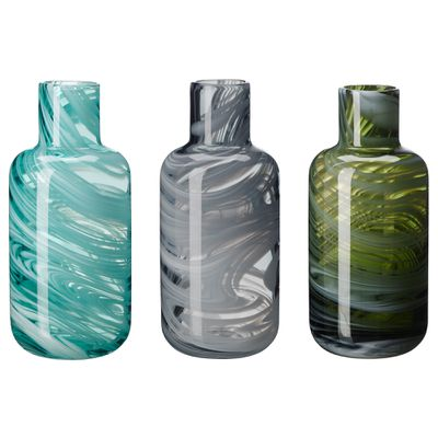 <strong>One-of-a-kind vases</strong>