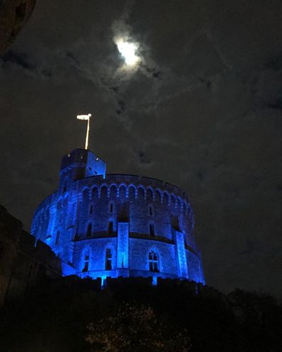 The Queen turned Windsor Castle blue in an act of support for committed NHS workers across the country.