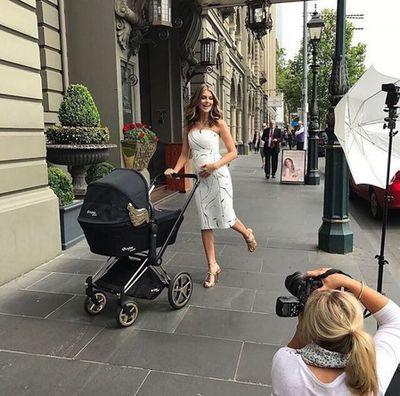 "Street smart: Aussie model <a href=""https://www.instagram.com/sophievandenakker/?hl=en"" target=""_blank"">Sophie Van Den Akker</a>, pramming it up."