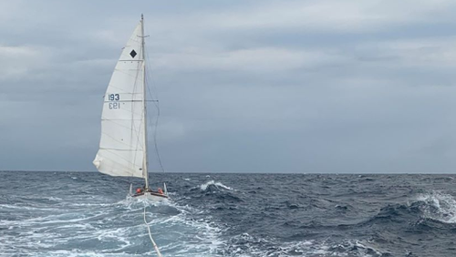 Search for missing sailor off Queensland central coast