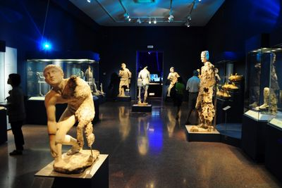 <strong>The Antikythera Treasures &mdash; $120-160 million</strong>