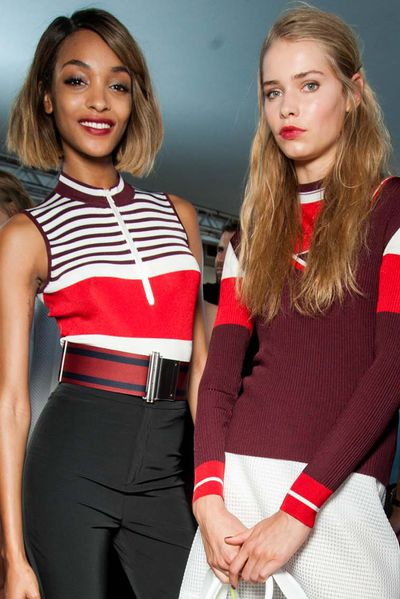 <p>Universally flattering shades are a bit of a make-up pipe dream. Skin tone, hair colour and your outfit are all factors that can affect which shades suit you best. However, there are a few versatile finds that work across the board. Here are the best-sellers that truly do work on everyone.</p>