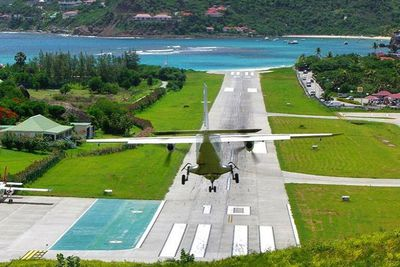 <strong>St. Barth: St. Barth airport&nbsp;</strong>