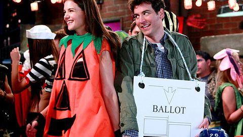 "Katie Holmes is a ""slutty pumpkin"" on How I Met Your Mother"