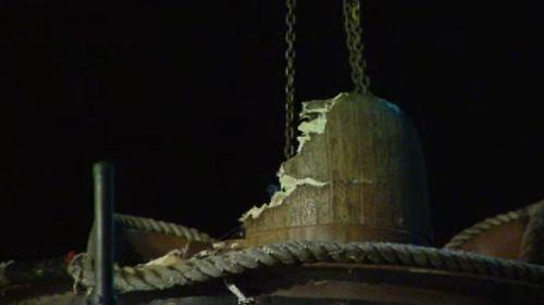 The damaged raft. (9NEWS)
