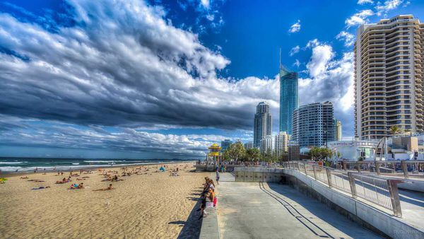 Where To Stay In The Gold Coast Broadbeach Or Surfers Paradise