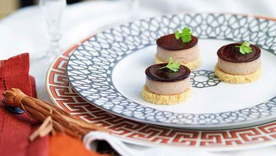 "<a href=""http://kitchen.nine.com.au/2016/05/16/19/35/duck-liver-pt-with-cassis-jelly-and-brioche-crotons"" target=""_top"">Duck liver pâté with cassis jelly and brioche croûtons</a>"