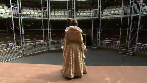 An actor takes in the surrounds of the pop-up globe. (9NEWS)