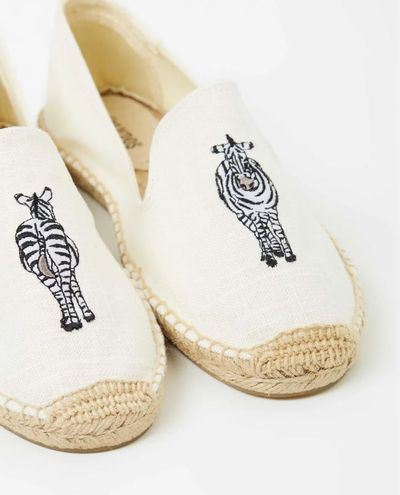 "<a href=""http://www.theiconic.com.au/embroidered-smoking-slippers-455914.html"" target=""_blank"">Soludos Embroidered Smoking Slippers, $105.</a><br>"