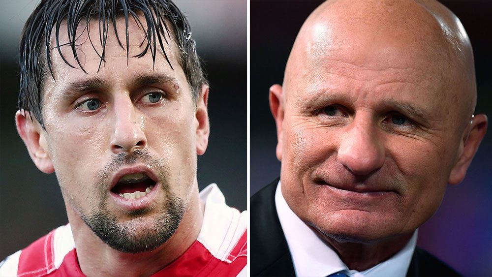 Legendary halfback Peter Sterling urges Mitchell Pearce to leave Sydney Roosters over Cooper Cronk deal