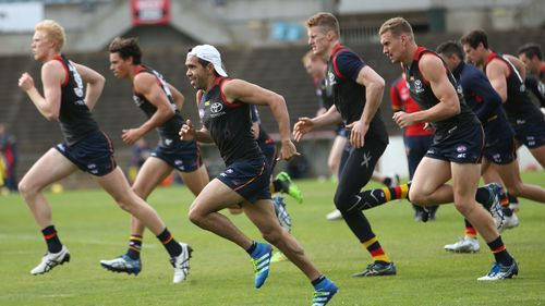 Adelaide Crows players during a training session at Footy Park, West Lakes, Adelaide. (AAP)