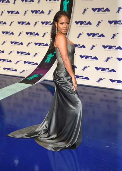 Christina Milan in Dennis Basso at the 2017 MTV VMAs in LA, August 27.
