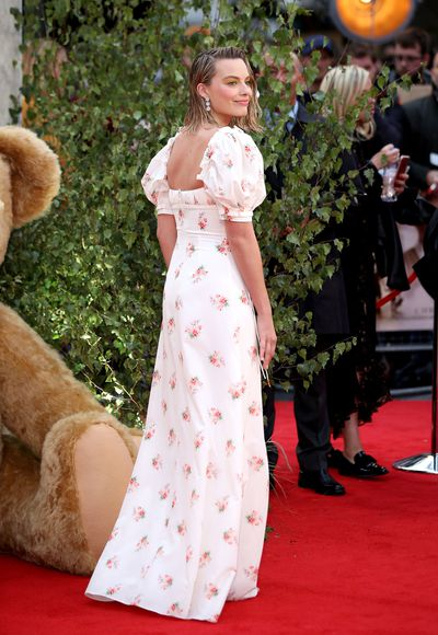 Here in all its glory - Margot Robbie's sexy take on floral. No nannas here!