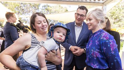 New parents to receive '$150 baby bundle' under Labor pledge