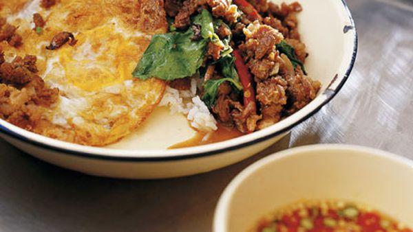 David Thompson: Stir-fried minced beef with chillies and holy basil (Neua pat bai grapao)