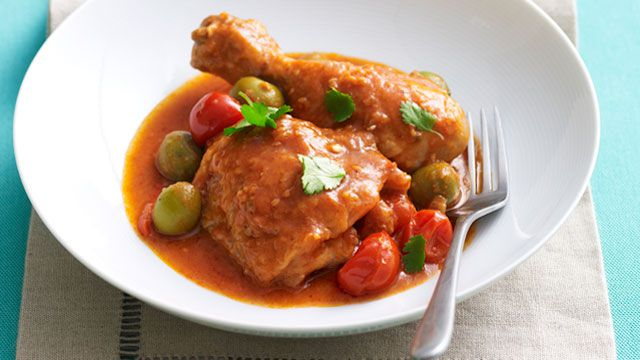 Chilli chicken with olives
